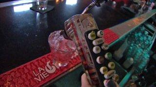 Generic-Bar-Bartender-05271