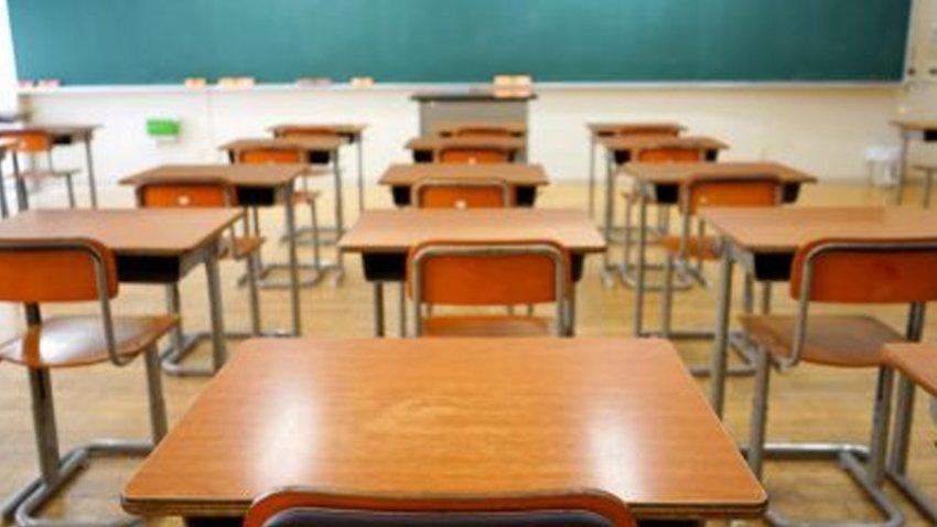 los estudiantes recibirán ayuda no solo para la matrícula sino para los textos escolares.