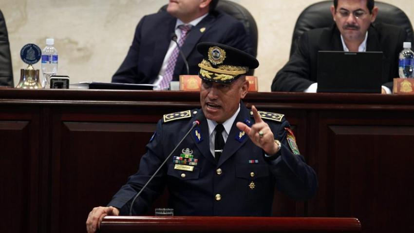 La Fiscalía de Nueva York acusó este jueves de tres cargos relacionados con el narcotráfico al exjefe de la Policía Nacional de Honduras, Juan Carlos Bonilla Valladares. EFE/Gustavo Amador/Archivo