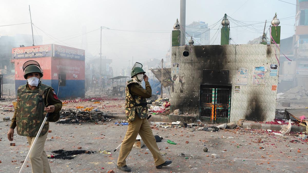 Resultado de imagen de Protestas dejan al menos 20 muertos en India durante visita de Trump